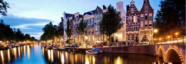 studying-abroad-amsterdam-summer-bridges
